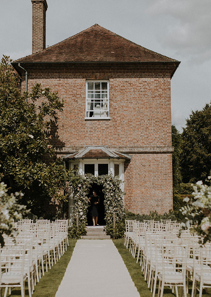 Secluded Country House Kent Wedding Venue Sprivers Mansion